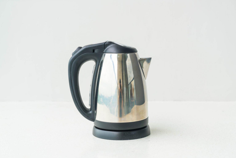 Wasserkocher entkalken mit Hausmitteln